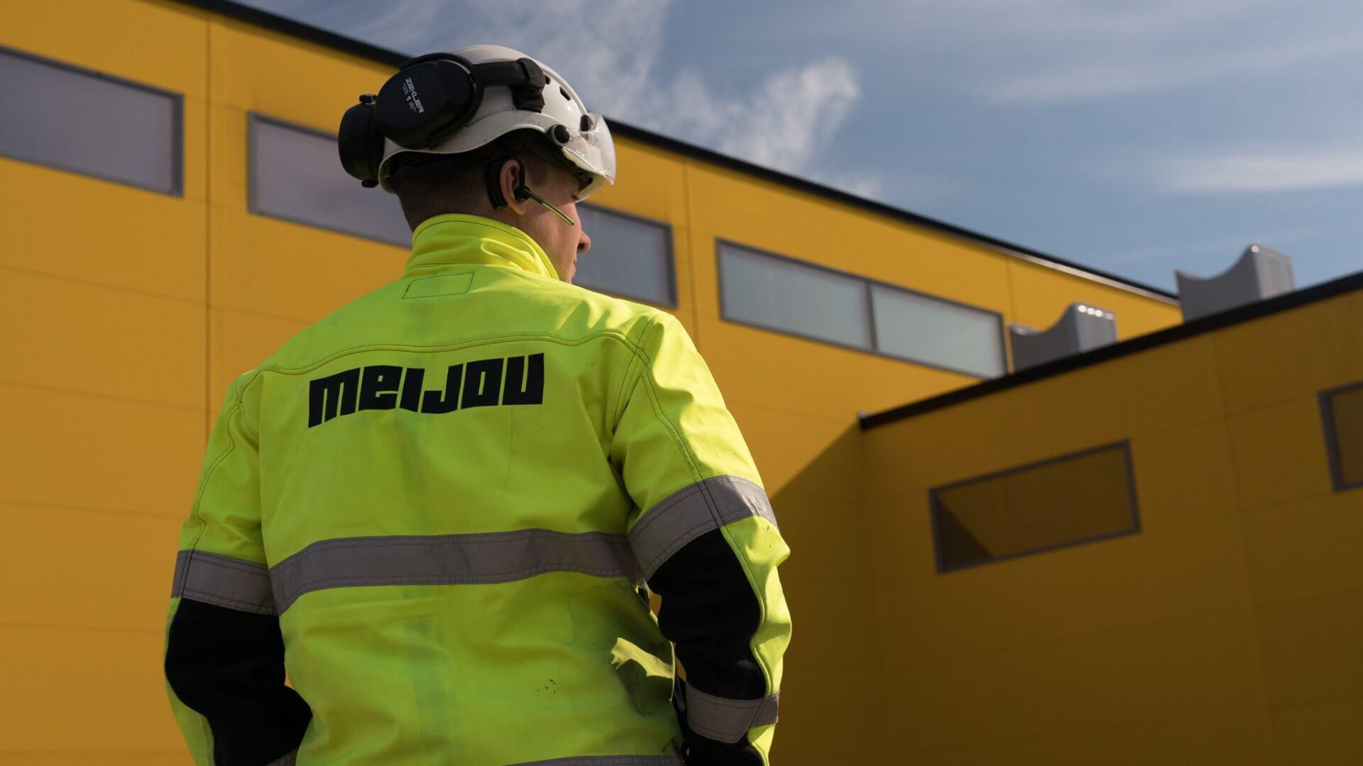 DHL:n jakelu- sekä logistiikkakeskus sekä toimistotilat Pirkkalaan 3