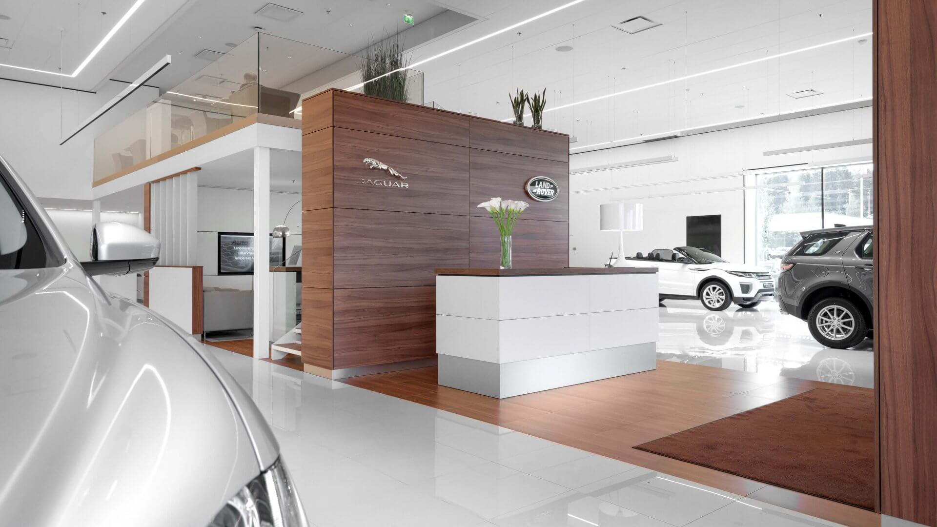 Jaguar / Land Rover konseptimyymälä 4