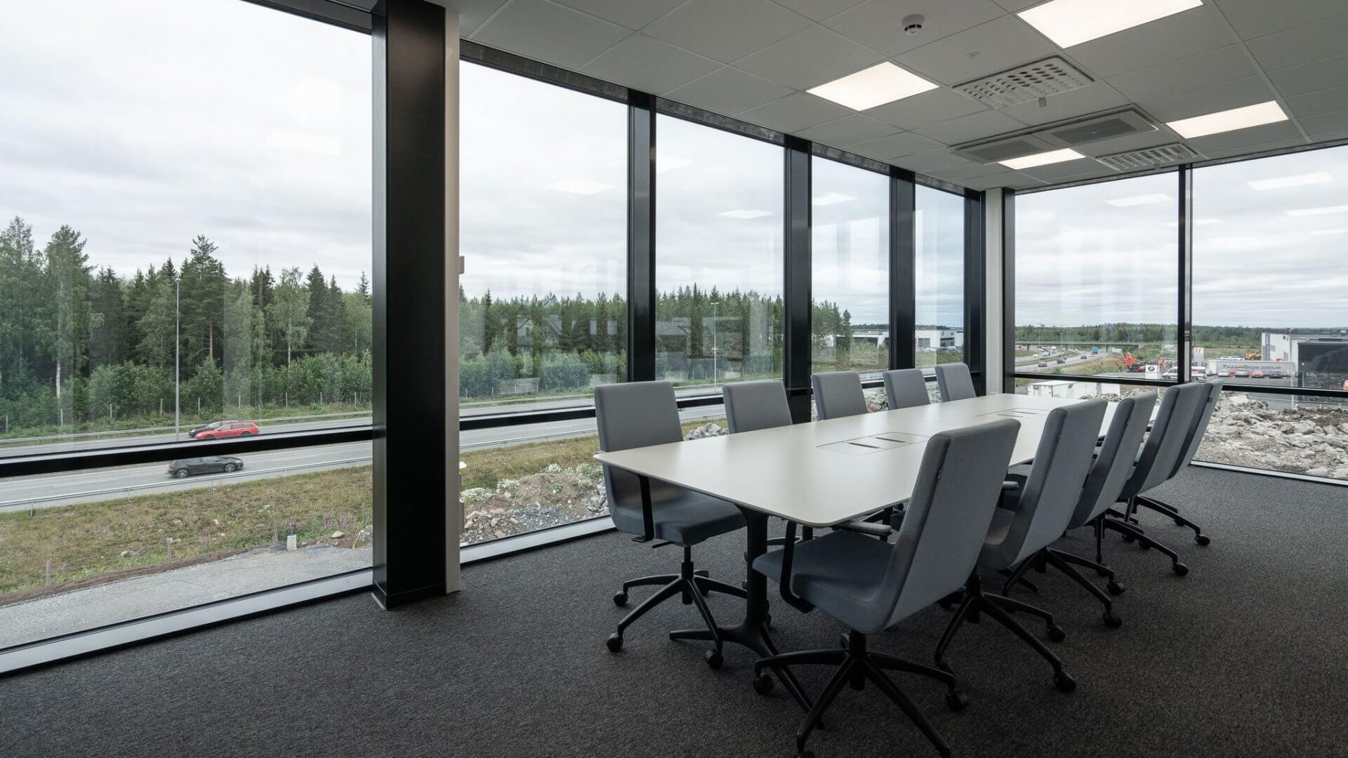 Linnakallio Magnum, toimisto- ja tuotantotiloja useammalle yritykselle. 5