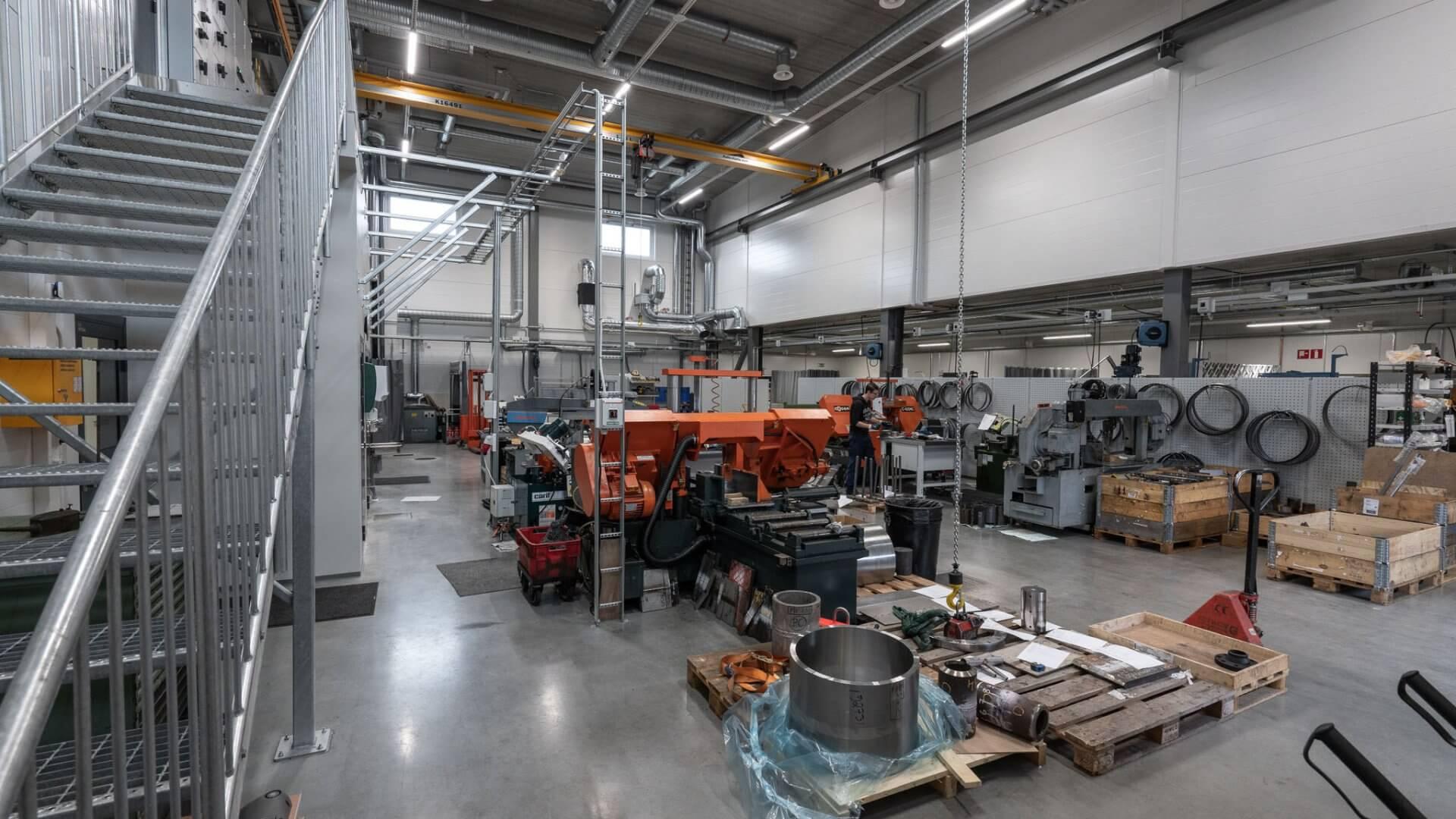 Metlabin uudet tuotanto- ja toimitilat Nuutisarankadulle Sarankulmaan 9