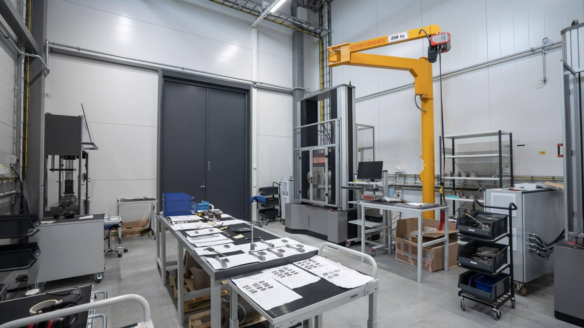 Metlabin uudet tuotanto- ja toimitilat Nuutisarankadulle Sarankulmaan 13
