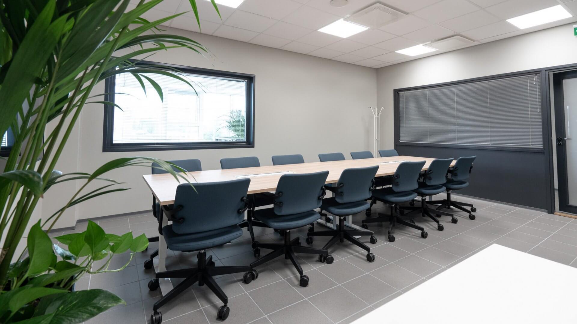Metlabin uudet tuotanto- ja toimitilat Nuutisarankadulle Sarankulmaan 4