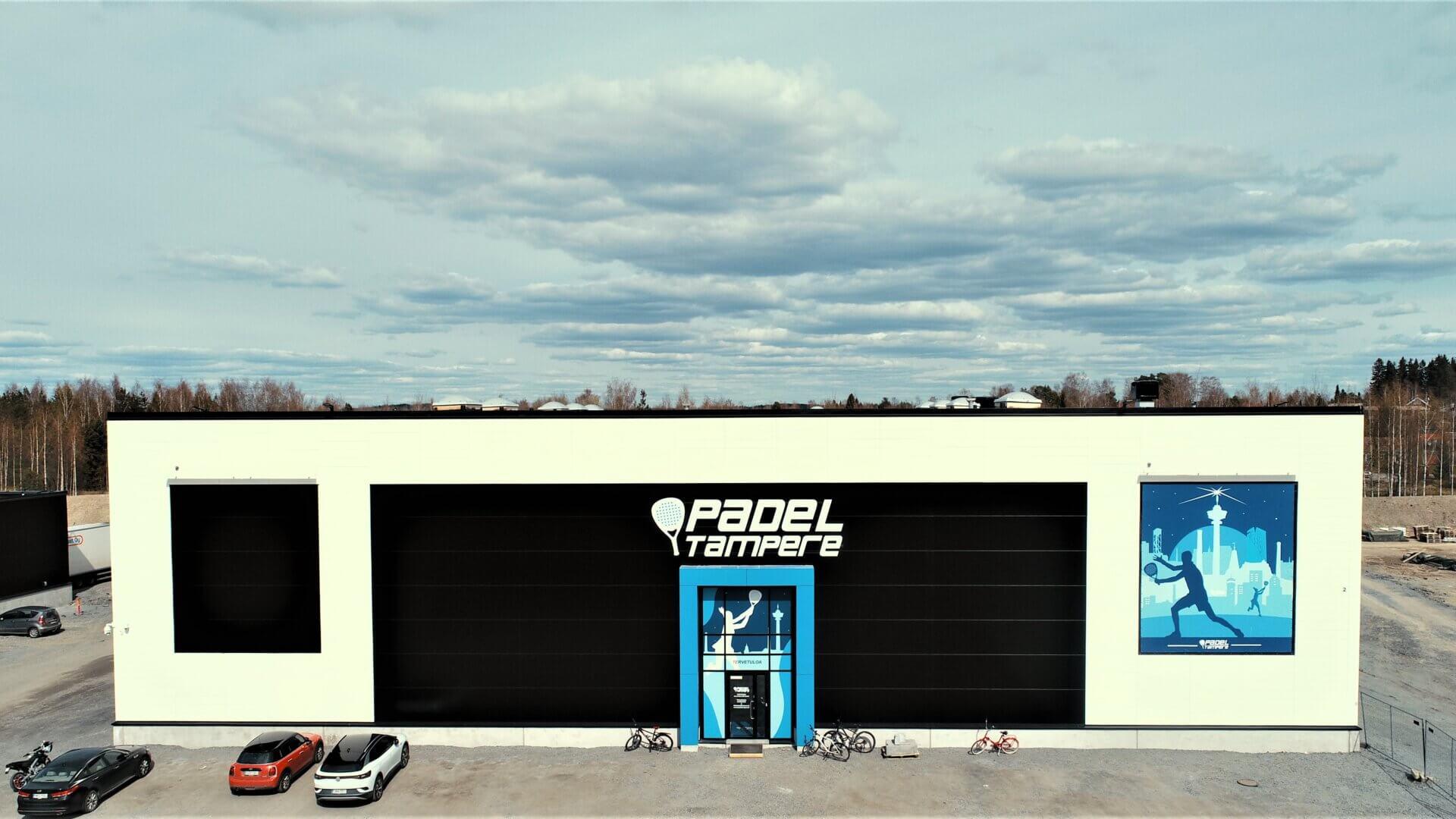Padelin suosio hakee vertaistaan, Meijou vahvasti mukana kehityksessä kokonaisvaltaisena padel-hallitoimittajana. 1